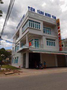 Thi công màn Cầu vồng và Màn cuốn cao cấp tại Hiệu vàng Minh Tâm, Sơn Hà, Quảng Ngãi